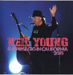 neilyoung-surprise-gig 1