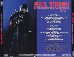 neilyoung-surprise-gig 2