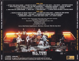 neilyoung-red-rocks-15-2nd-night2