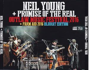 neilyoung-outlaw-music-festival-farm-aid1